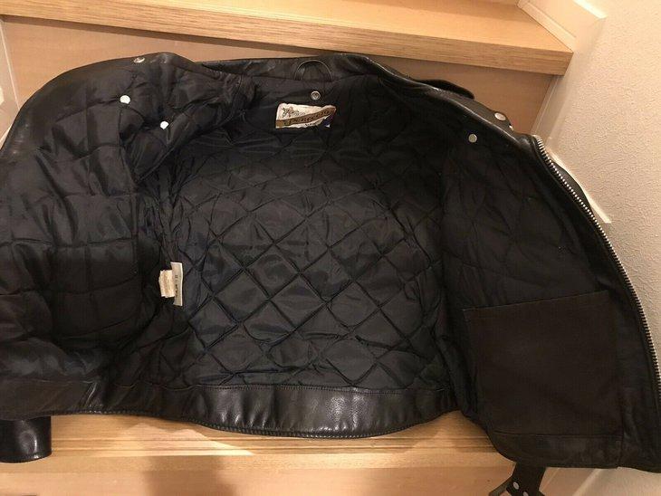 118j inside jacket open