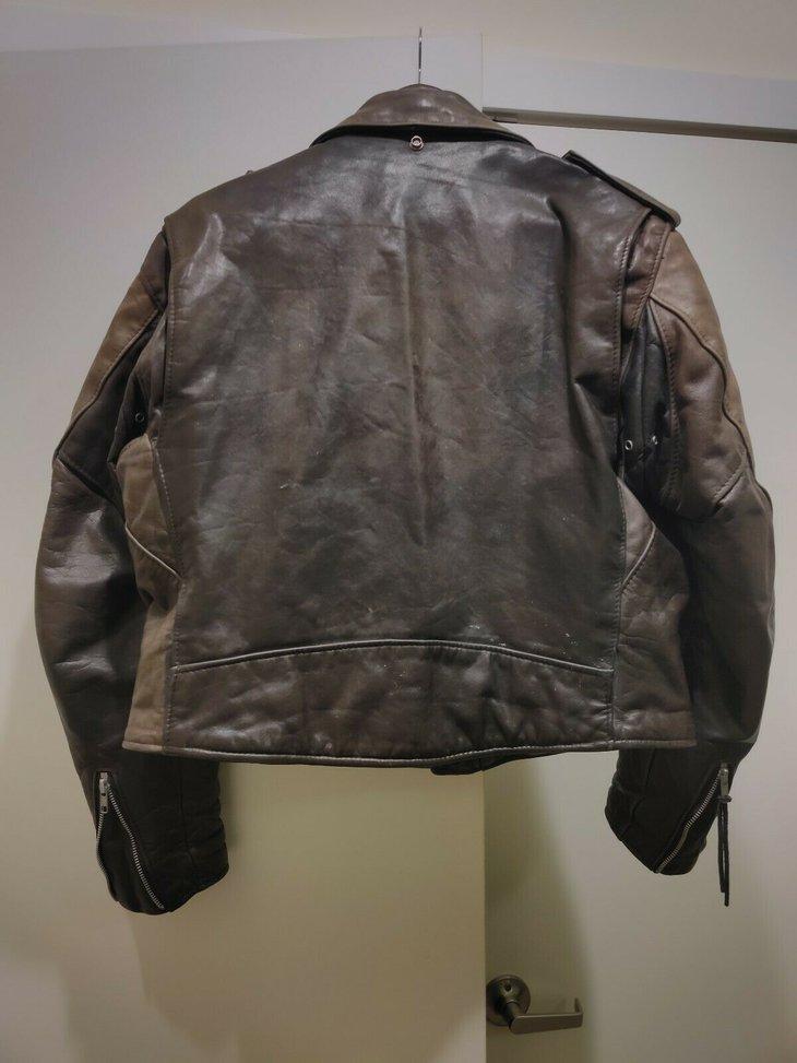 jacket_38.jpg